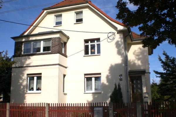 Fesselnd ... Auf 170 M² Wohnfläche Zzgl. Ausbaufähigem Dachgeschoss Viel Platz Für  Eine Große Familie Oder Mehrere Generationen. Besonders Charmant  Präsentiert ...